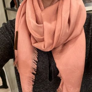Louis Vuitton Blush/Mauve Silk Scarf